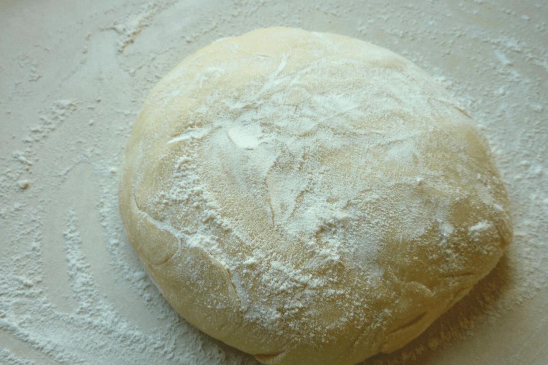 Pierogi produkcja zagniecione ciasto